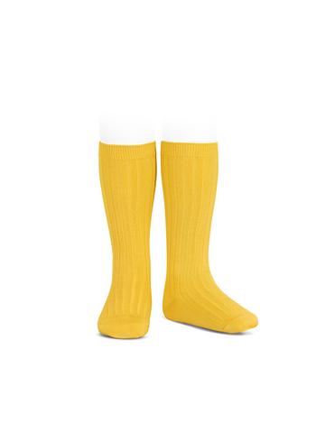 kniekous met fijne rib geel  Kousen  Kniekousen