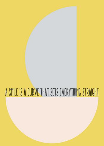 Postkaart Smile is a curve  Karton  Kaartjes enzo